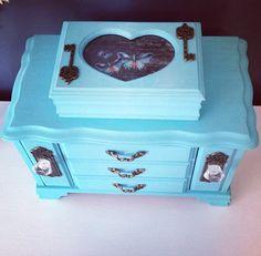 Vintage Turquoise Jewelry Box Upcycled Set
