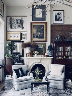 Interior Design Mistakes You Need To Stop Making Shot for OKL in NYC on Jan 2018 Story: Michael Bastian Home Tour Producer: Niki Dankner Stylist: Anthony Santelli Living Room Designs, Living Room Decor, Living Spaces, Living Rooms, Living Area, Bedroom Decor, Home Fashion, Fashion Art, Fashion Design