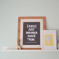 """Nueva lámina """"kids just wanna have fun"""" disponible en la tienda online y en varios colores! 😍 #artwork #lamina #type #walldeco #walldesign #kids #kidsroom #deco #happyhome #homedeco #decor #design #diseño #bilbao #illustration"""