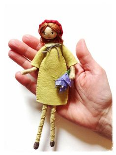 Pattern and tutorial pdf for tapestry yarn doll by Verity Hope. Pattern title - 'ALL GROWN UP'. Pattern and tutorial pdf for tapestry yarn doll by Verity Yarn Dolls, Felt Dolls, Fabric Dolls, Paper Dolls, Felt Doll Patterns, Stitch Doll, Doll Making Tutorials, Doll Tutorial, Felt Fabric
