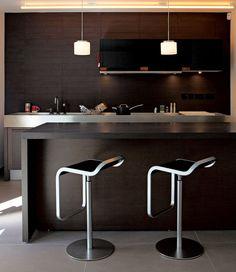 sunken-house-kitchen