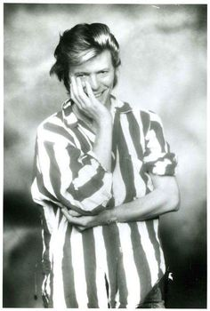 Wham Bam Thank You Sam — davidssecretlover: Some of my fav Bowie pics Angela Bowie, David Bowie, David Jones, Die Füchsin, Duncan Jones, The Thin White Duke, Young Americans, Major Tom, Ziggy Stardust