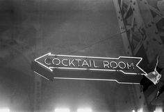 """Union Station -1948 - Esther Bubley """"Cocktail Room"""" http://chicagopast.com/post/21791417076/more-information"""
