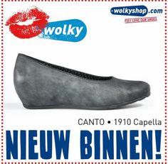 """@wolkyshop Leuk! De #nieuwe #kleuren van de Capella in """"Metallic gemêleerd leer"""" zijn binnen. Het leer heeft een subtiele gouden glinstering, wat de schoenen een chique uitstraling geeft. 1910 Capella. #Wolky #Schoenen #Enschede #Haverstraatpassage"""