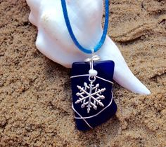 261 Snowflake on blue Seaglass