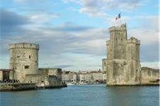 26 - Bois a Terroir: Se denomina al cognac de las zonas alrededor de la Rochelle y Rochefort, incluyendo a las islas de Oleron y Re.