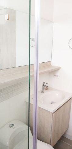 Bathroom Medicine Cabinet, Sink, Bathtub, Home Decor, Sink Tops, Standing Bath, Vessel Sink, Bathtubs, Decoration Home