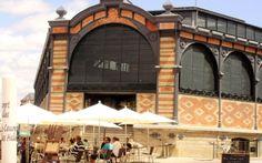 Le marché couvert, de bons produits locaux que l'on aime préparer à Brin de Cocagne - Chambre d'hôtes écologique de charme dans le Tarn près d'Albi - Brin de Cocagne place_saint-julien_marche_couvert_albi_tourisme