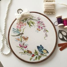 Embroidery Online, Hand Embroidery Art, Ribbon Embroidery, Cross Stitch Embroidery, Embroidery Patterns, Cross Stitch Patterns, Cactus Cross Stitch, Cross Stitch Needles, Cross Stitch Flowers