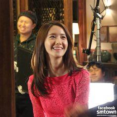 """""""ไม่เคยเบื่อเวลาได้เห็นน้องยุนยิ้ม ทั้งสายตา และรอยยิ้มของน้องยุน สดใสมาก .... ชอบ"""" Girls Generation(SNSD) Yoona Reveals Photos from the Set of 'The Prime Minister And I' [PHOTOS]"""