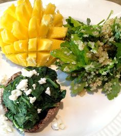 Parsley salad, portabella mushroom with spinach and mango with lemon and ginger.