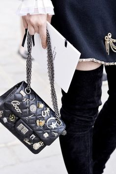 #StreetStyle details: Chanel