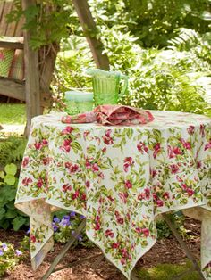 Sweet Pea Tablecloth | Table Linens & Kitchen, Tablecloths :Beautiful Designs by April Cornell