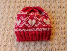 Ravelry: Marius hats - scull, heart, smiley pattern by Maren Lie Malmo Heart Smiley, Knit Stranded, Norwegian Knitting, Fair Isle Knitting, Knit Patterns, Baby Hats, Knitted Hats, Knit Crochet, Barn