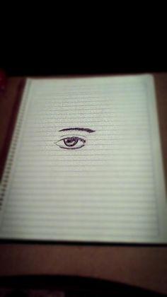 En momentos de aburrición, dibujar un ojo no cae nada mal ;)