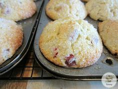 How to Make Rhubarb Sour Cream Muffins ~ One advantage to living in a northern climate (there aren't too many.lol) is rhubarb! Rhubarb Muffins, Rhubarb Desserts, Rhubarb Cookies, Rhubarb Cupcakes Recipe, Pistachio Cupcakes, Strawberry Muffins, Oatmeal Muffins, Muffin Recipes, Baking Recipes