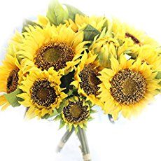 [tps_header]I love sunflowers for their bold, bright shape and colour and they make such a beautiful, happy addition to a wedding. They have personality and are bold enough on their own to create a statement and where...