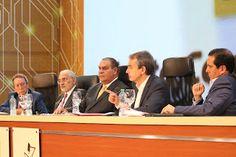 Revista El Cañero: Expresidentes consideran el sufragio como el mejor...