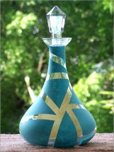 Beautiful wine decanter Punch Bowls, Wine Decanter, Wine Glass, Vase, Colors, Beautiful, Decor, Decoration, Wine Carafe