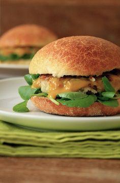 mammafoodie: hambúrguer de frango com maçã verde (e de brinde, um pão de hambúrguer lindo)