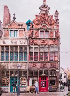 Ghent, Gent, Belgium Belgium Travel Destinations | Belgium Honeymoon | Backpack Belgium | Backpacking Belgium | Belgium Vacation | Belgium Photography #travel #honeymoon #vacation #backpacking #budgettravel #bucketlist #wanderlust #Belgium #Europe #visitBelgium #TravelBelgium #BelgiumTravel