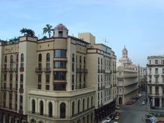 Where we used to stay when I worked at BA, Parque Central, old Havana... Many wonderful times had here