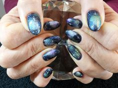 galaxy+space+nail+art+with+freehand+stars
