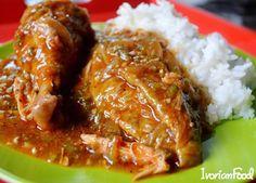 La sauce Gombo au poulet fumée et aux crevettes!  Recette sur IvorianFood.com  #IvorianFood toujours #YUM!