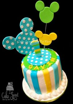 Mickey Mouse Smash Cake but girl colors