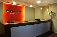 Implantación de nueva imagen en Santander Private Banking Flat Screen, Banks, Blood Plasma, Flatscreen, Dish Display