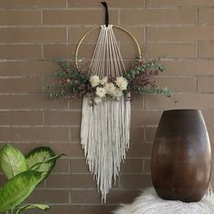 Five Gorgeous Macrame Wall Hangings plus Bonus DIY Patterns - Etsy Finds - One Pretty Print - Macrame Wall Hanging with Dried Flowers by Botanica Floral Co_Five Macrame Wall Hangings on Etsy - Macrame Wall Hanging Patterns, Hanging Flower Wall, Yarn Wall Hanging, Macrame Plant Hangers, Flower Wall Decor, Macrame Patterns, Macrame Wall Hangings, Quilt Patterns, Macrame Design