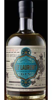 Gin St-Laurent. 43 % ABV. Contemporary. Microdistilled with 10 botanicals. A very unique maritime twist to it : seaweed !
