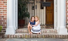 Charleston Family Photographer | Sisters | What to wear family photography session | Family session poses