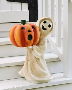 Treat family and friends to a spirited Halloween display with this outdoor decoration. Available on Balsam Hill today. Rustic Halloween, Outdoor Halloween, Halloween Displays, Halloween Decorations, Spring Decorations, Ghost Decoration, Balsam Hill, Bethany Lowe, Halloween Celebration