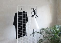Thomas Schnur's wire Grid functions as a storage system
