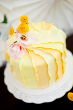 Yellow Wedding Cake … #Wedding Planning App ♥ Free for a limited time … https://itunes.apple.com/us/app/the-gold-wedding-planner/id498112599?ls=1=8  ♥ For more magical wedding ideas http://pinterest.com/groomsandbrides/boards/ ♥