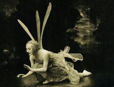The the lovely Anna Pavlova - Une belle libellule Anna Pavlova, Fairy Dust, Fairy Land, Fairy Tales, Forest Fairy, Vintage Photographs, Vintage Photos, Tableaux Vivants, Kobold