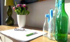 Mein Schreibplatz an einem Sommermorgen Lava Lamp, Table Lamp, Writing, Lighting, Home Decor, Table Lamps, Decoration Home, Room Decor, Lights