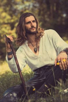 Wow, most beautiful male witch I've come across. Beautiful Men, Beautiful People, Beltane, Poses, Pretty People, Character Inspiration, Vikings, Sexy Men, Long Hair Styles