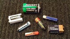 testing battery AA, AAA, D, C, and 9V with a Multimeter