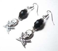 Skull earrings Sterling silver and black Gothic Pirate #dteam