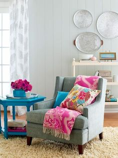 Love the pops of color and painted paneling! by angelica