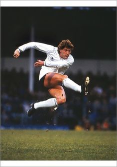Inch Print (other products available) - Glenn Hoddle (Spurs) <br>Tottenham Hotspur v Feyenoord<br>Uefa Cup leg : Colorsport - Image supplied by Colorsport Images - print made in the UK Tottenham Hotspur Football, European Soccer, Fc Chelsea, England Football, Steven Gerrard, Vintage Football, Football Cards, Liverpool Fc, Ronaldo