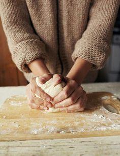 作り置き・ほったらかしであら簡単♡憧れの焼きたてパン生活 - Locari(ロカリ)