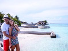 Desejo do dia: Ilhas Maldivas com meu amor!  Bom sábado pessoal!!! Beijos #amor #viagem #travel #ilhasmaldivas #maldives #sonho #lugarmaislindodomundo #dica #barosmaldives #top #bomfinde