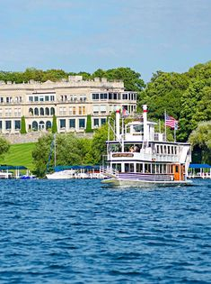 Enjoy boat trips, swimming, observatory tours, boutique shopping, inventive restaurants and pampering lodgings in this hamlet 80 miles northwest of Chicago's Loop.