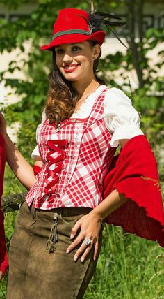 Trachtenmieder Wernicke in Rot von Spieth Wensky 46 Spieth Und Wensky, Folk Costume, Costumes, Lederhosen, Traditional Dresses, Leather Fashion, Beautiful People, Culture, Womens Fashion