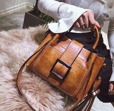 2018 Fashion Women s Retro Buckle Bucket Large Capacity Leather Handbag  Shoulder Bag d1f538402e7ad