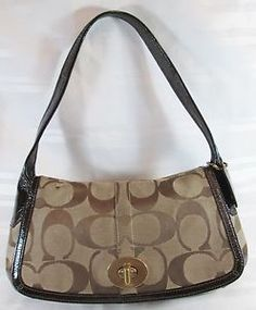 COACH-JACQUARD-BROWN-SIGNATURE-C-BAGUETTE-HANDBAG-VERY-GOOD-CONDITION