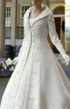 Bride Wedding Dress Fashion 2011 - 2012 Gelinlik Modelleri 2012 Modası: Fcbg by Marys Bridal Two Piece Wedding Dress, Wedding Dress Styles, Wedding Attire, Wedding Bride, Bridal Dresses, Wedding Gowns, Wedding Beauty, Luxury Wedding, Robes Glamour